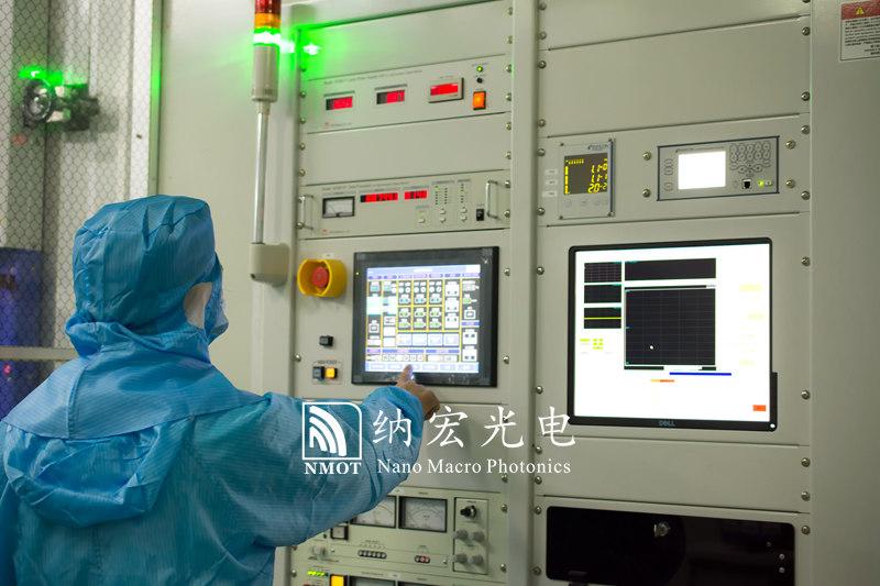 离子辅助沉积技术镀膜机